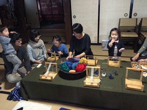 寺びらき-絨毯